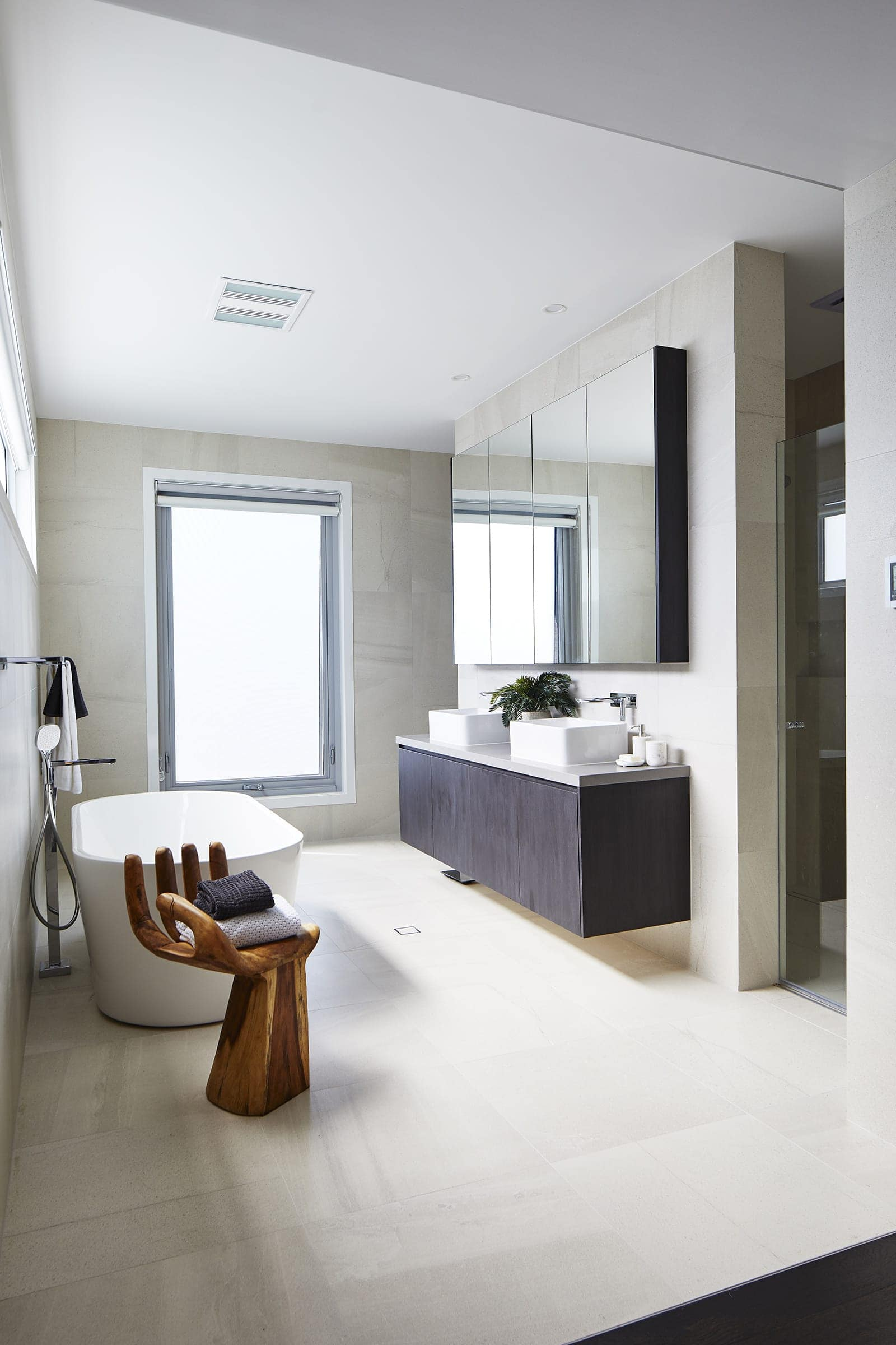 pete evans family home master bathroom by metricon homes