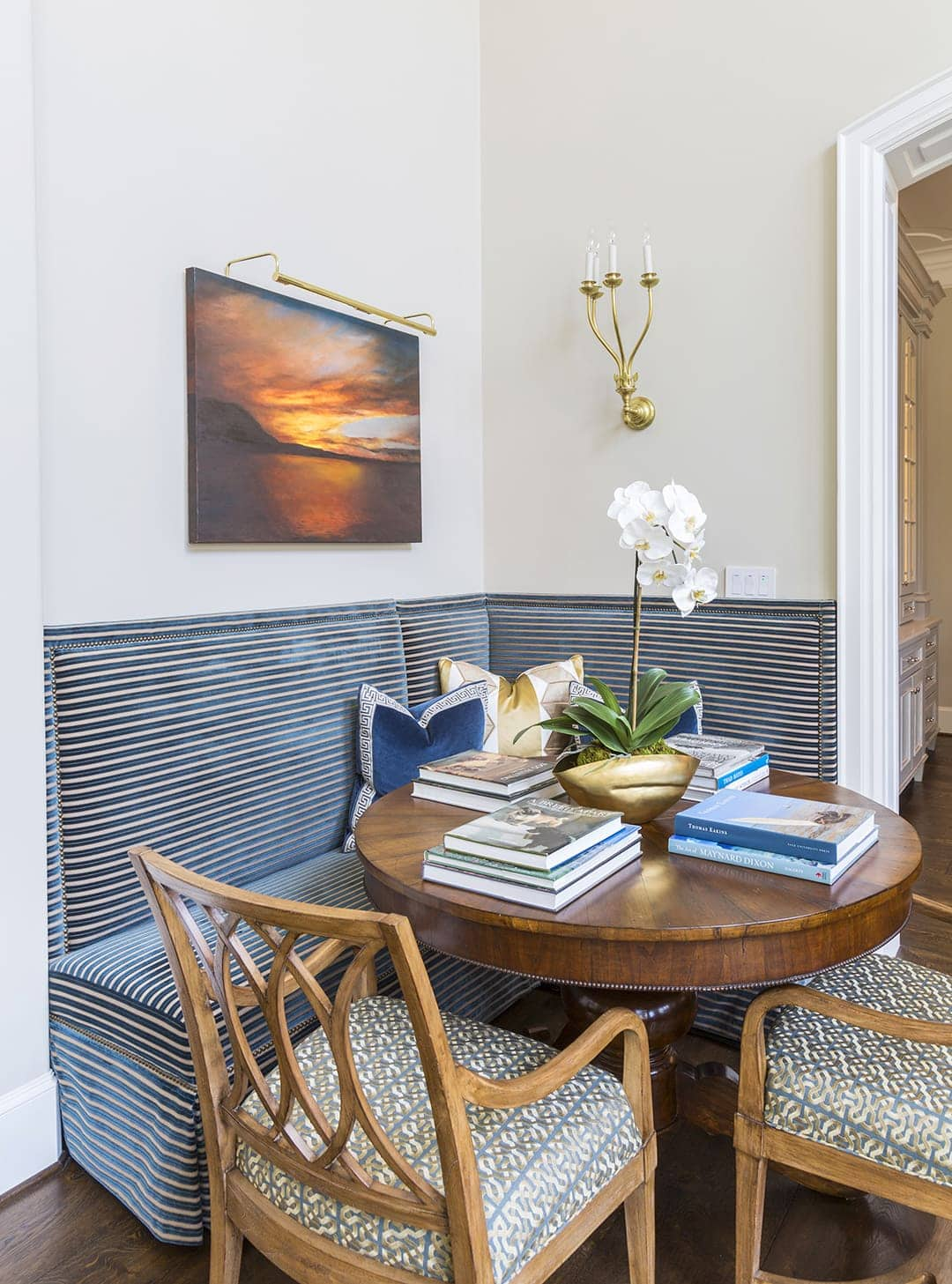 Top Ideas On Banquette Seating For Dining Rooms Tlc Interiors