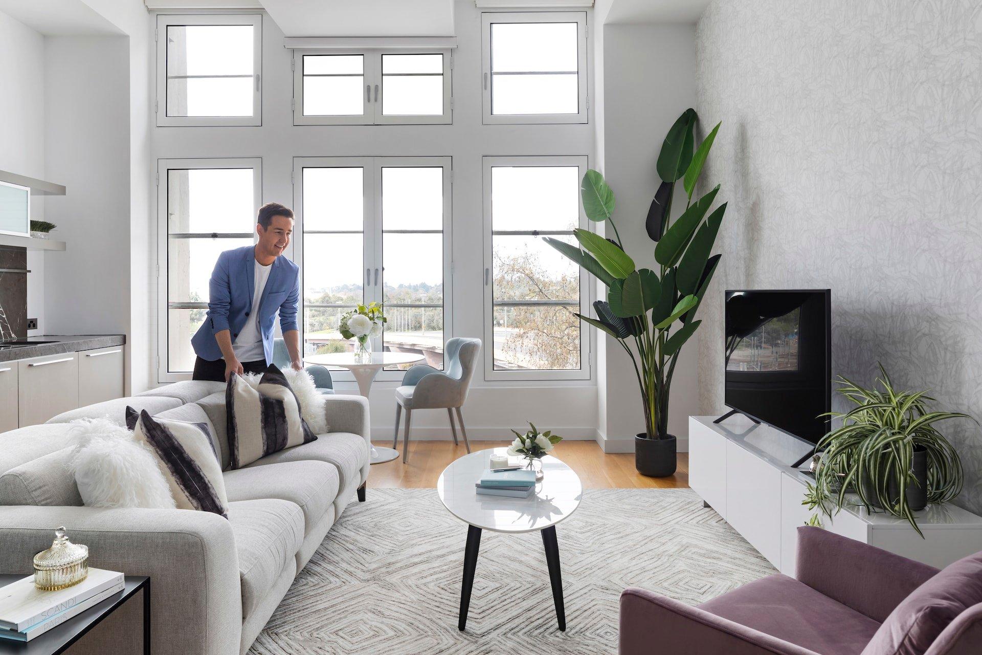 chris carroll tlc interiors melbourne interior designer in bright cbd apartment