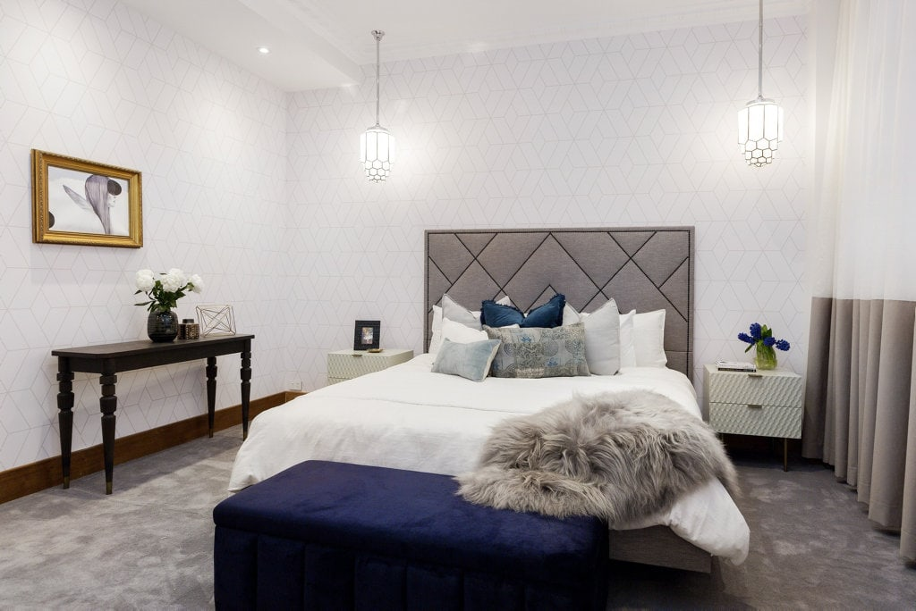 what height to hang pendant lights in a master bedroom