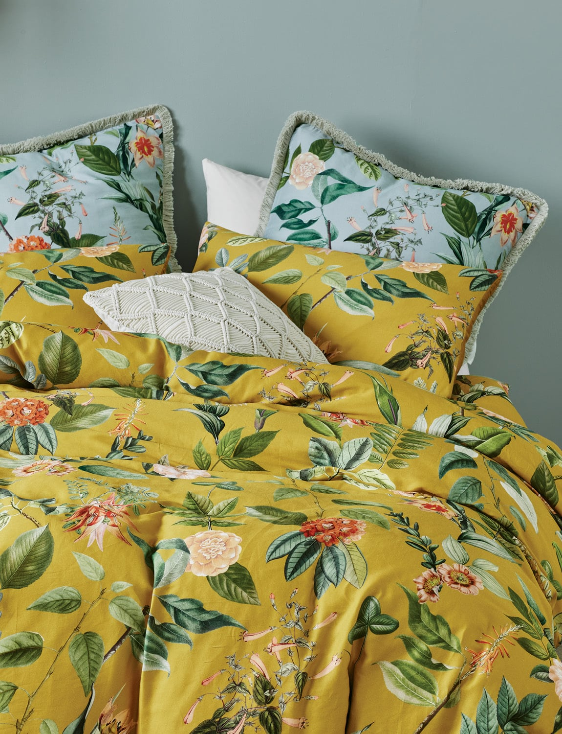lorraine lea clare yellow floral quilt cover set