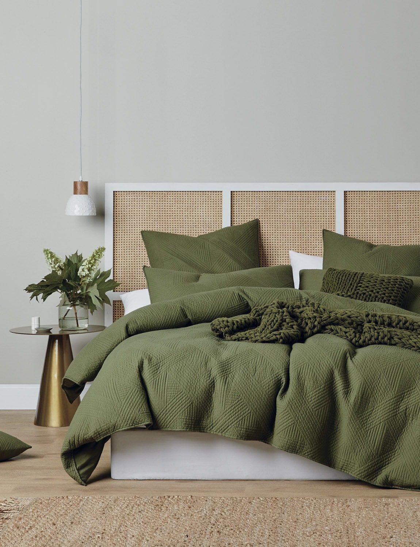 lorraine lea edmonton forest green quilt cover set