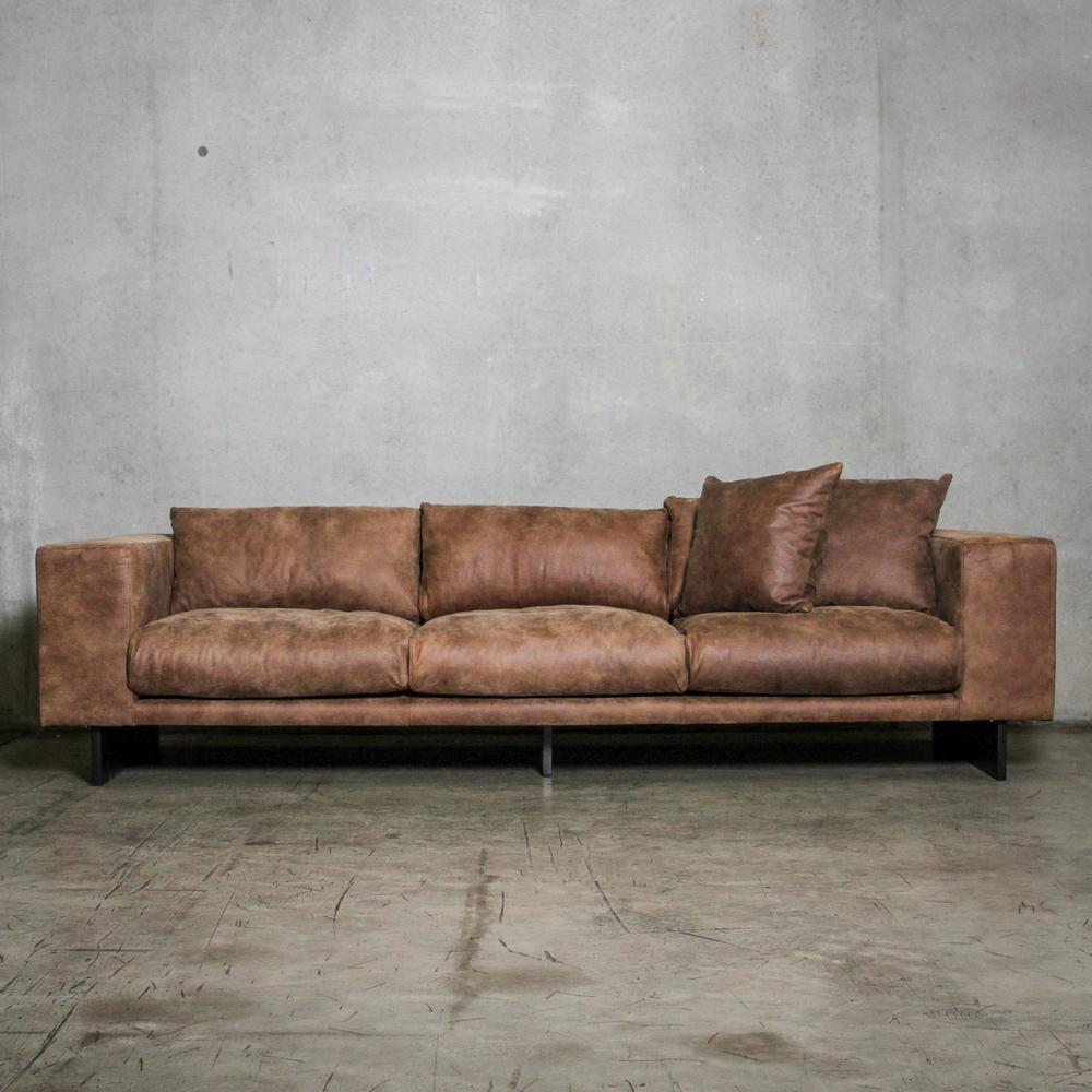 interiors online harley sofa wornbrown leather chunky sofa
