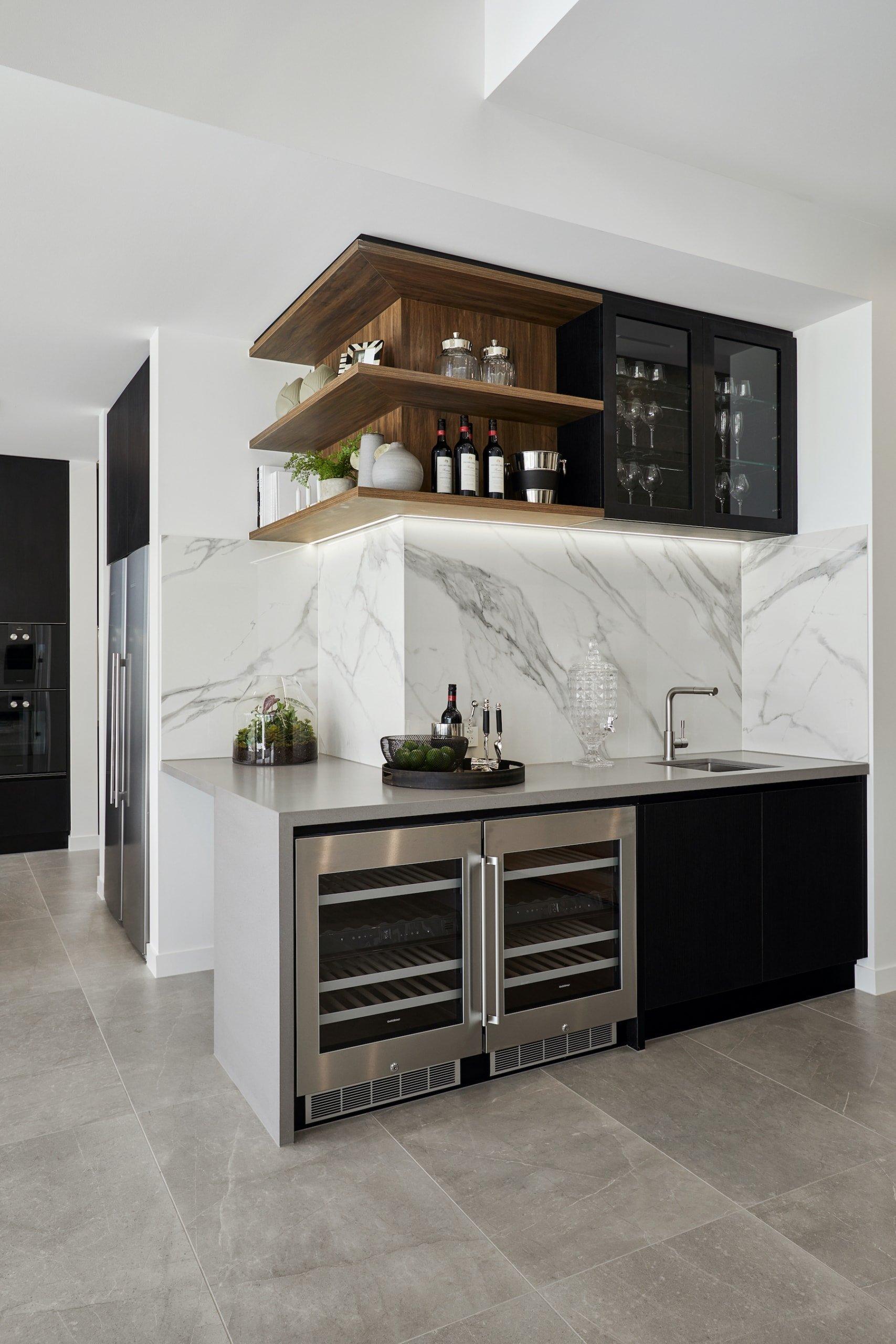 chic modern bar with white vein marble splashback metricon riviera show home