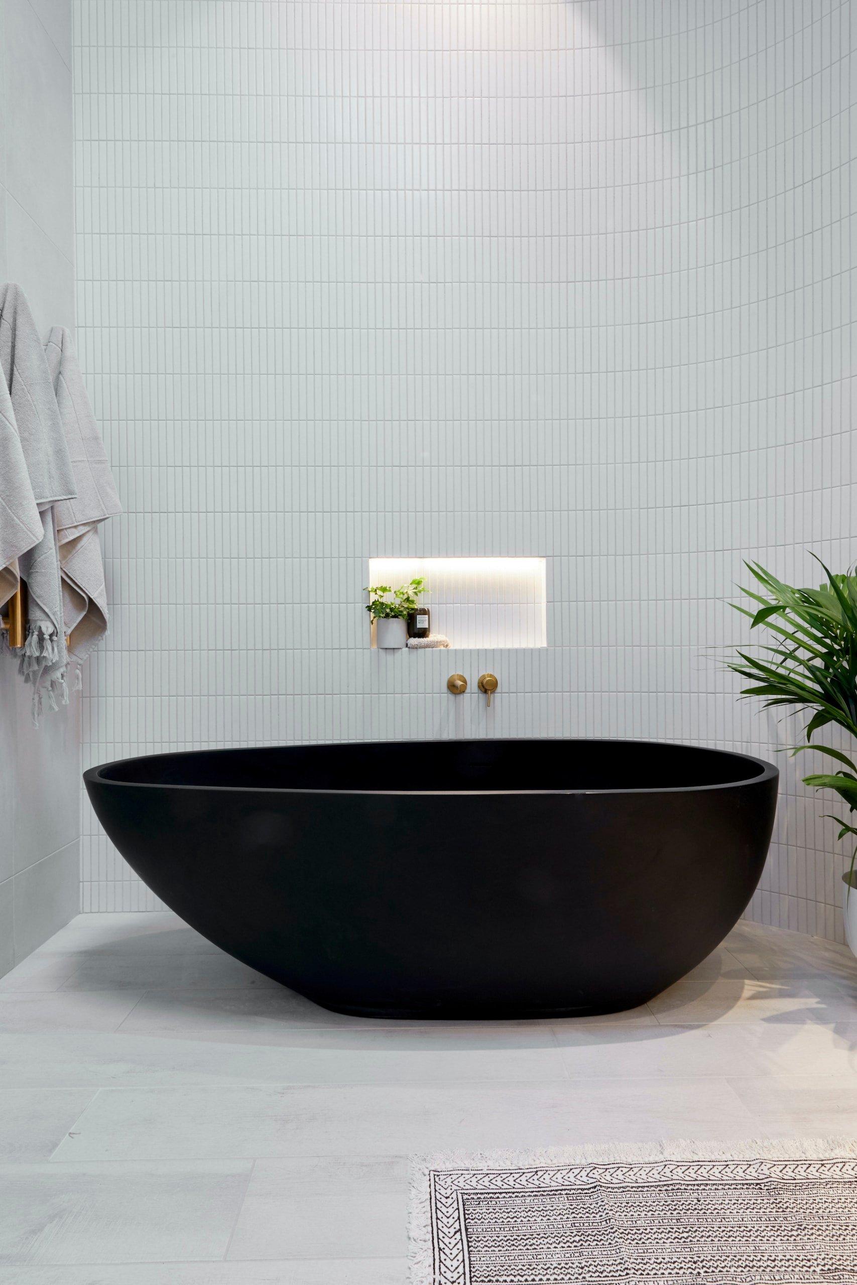 the block 2020 master ensuite luke and jasmine ensuite with black master bath
