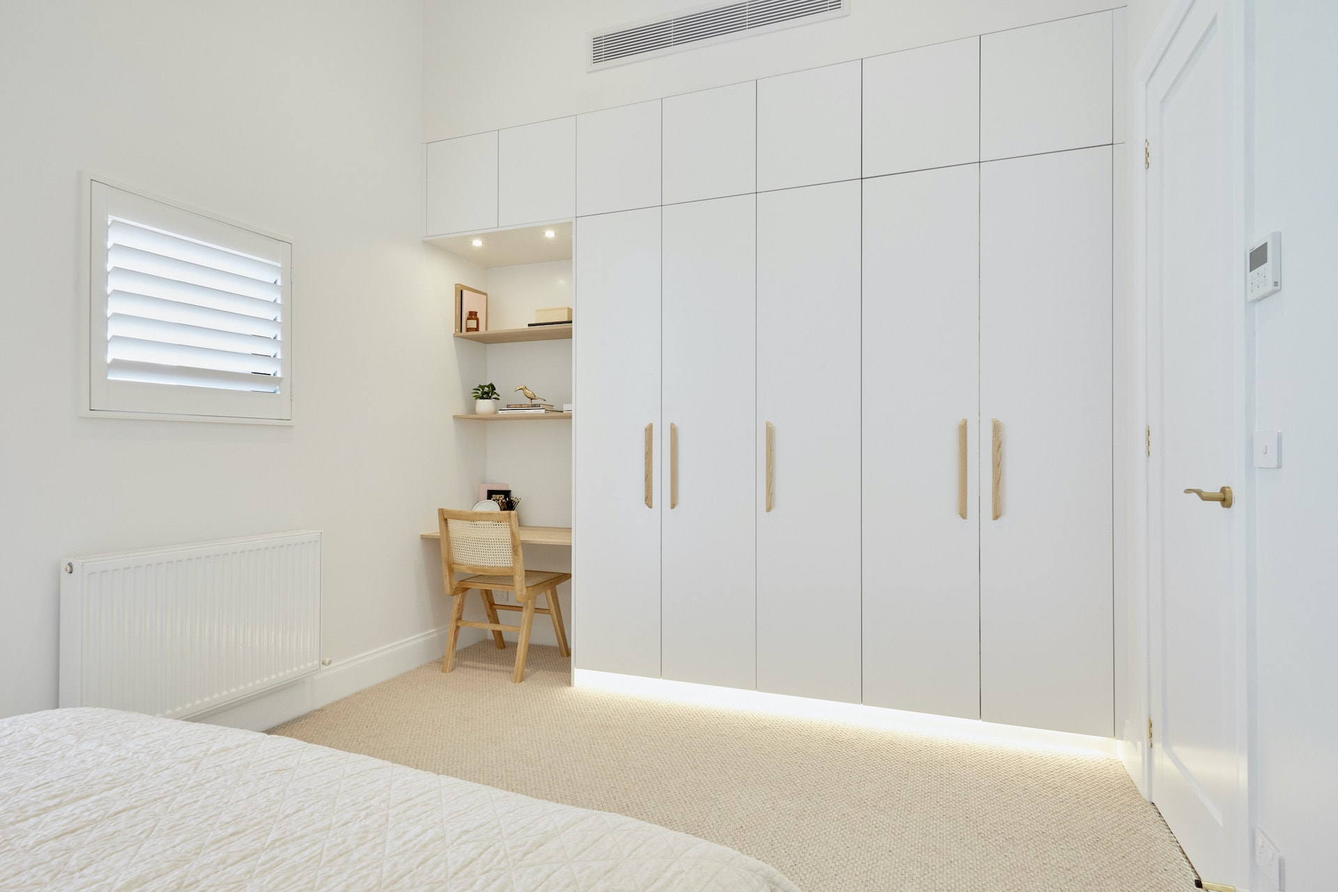 the block 2020 jimmy and tam upstairs bedroom wardrobe