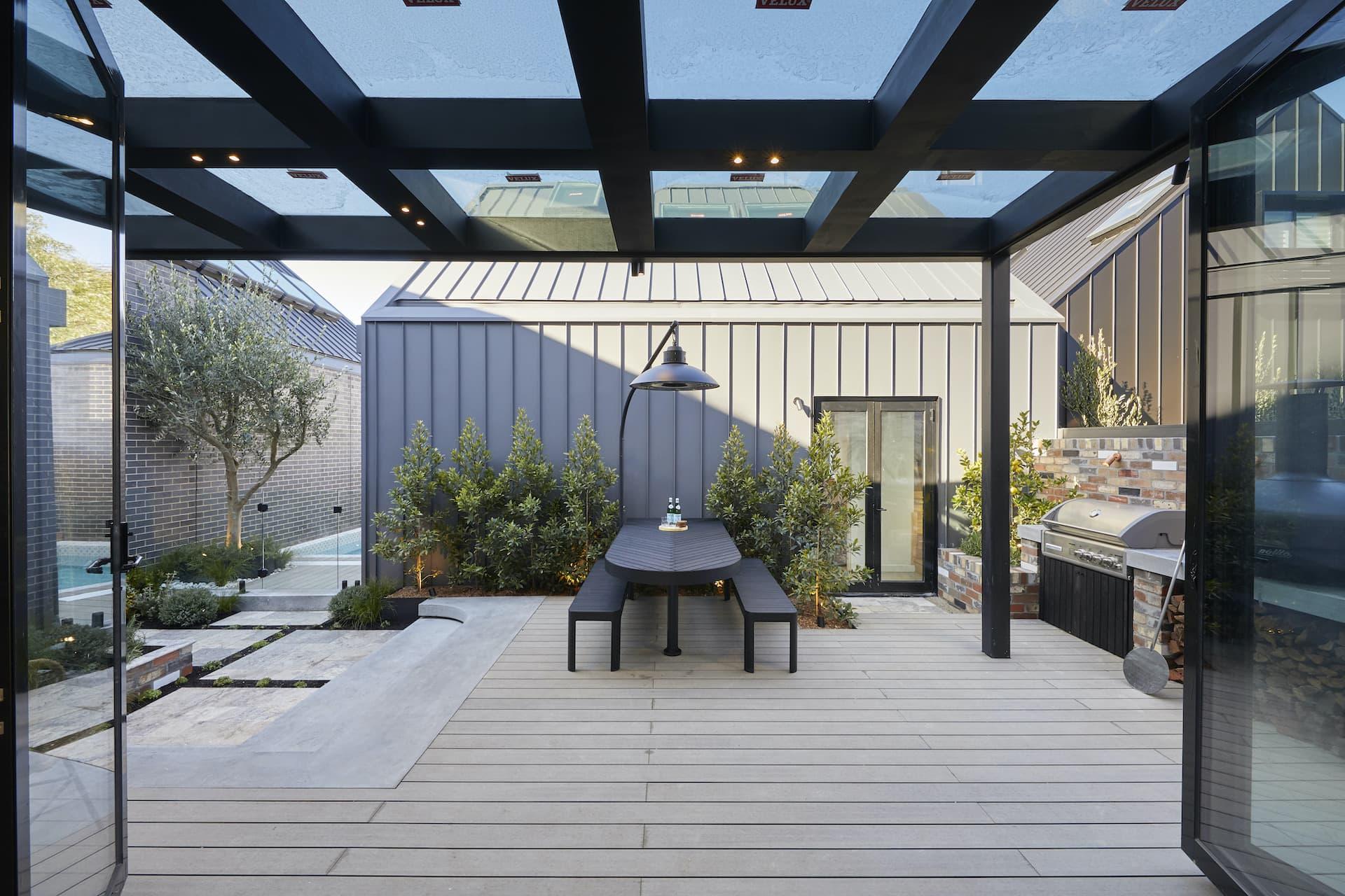 the block 2020 sarah and george backyard