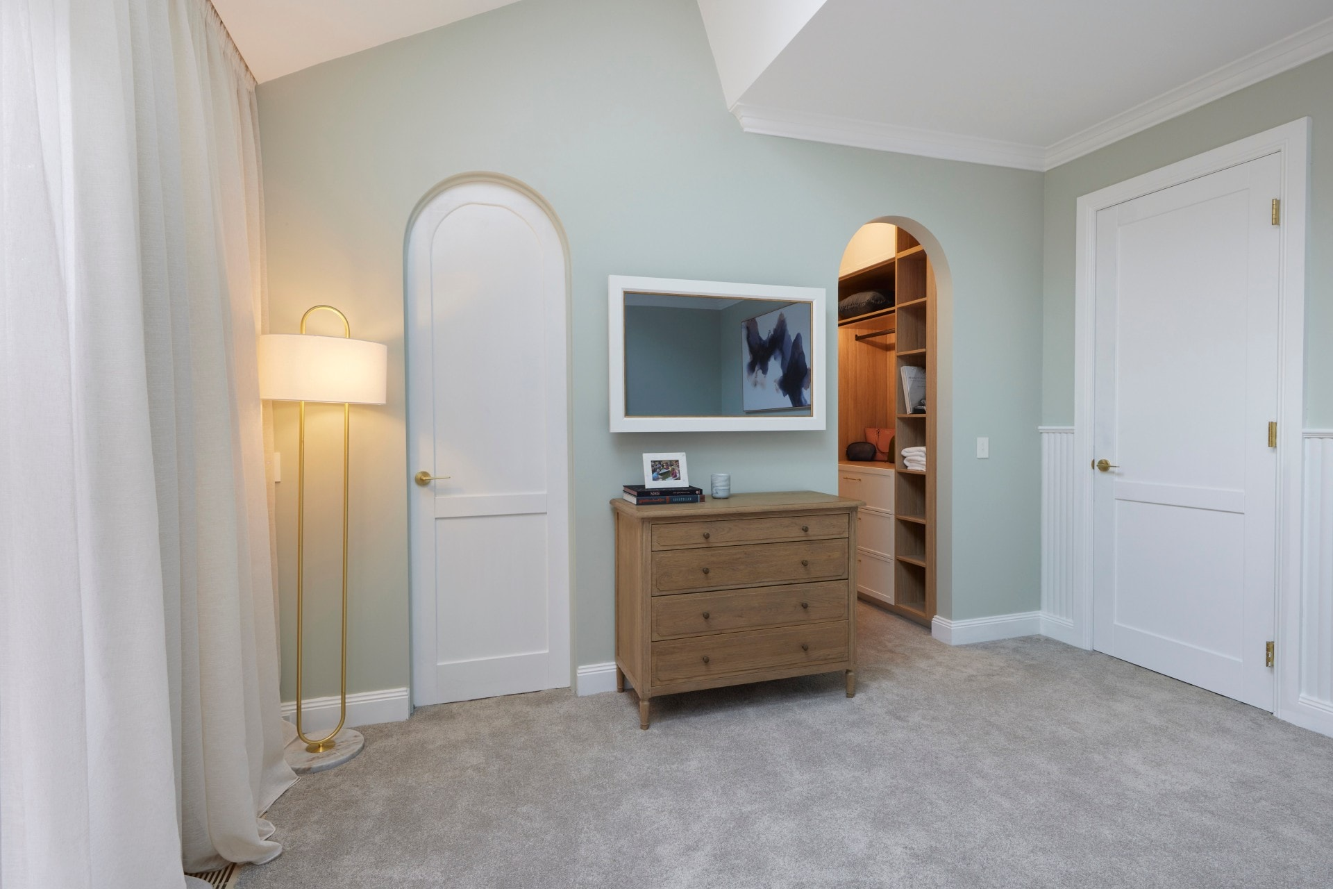 the block 2021 kirsty and jesse master bedroom arched doorways