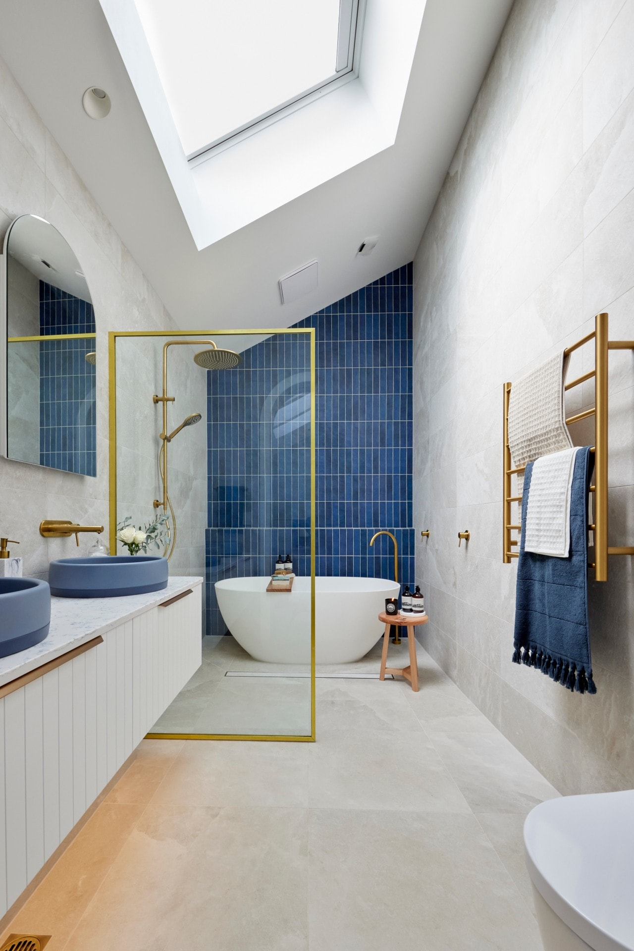 the block 2021 kirsty and jesse master ensuite navy blue wall tiles blue basins