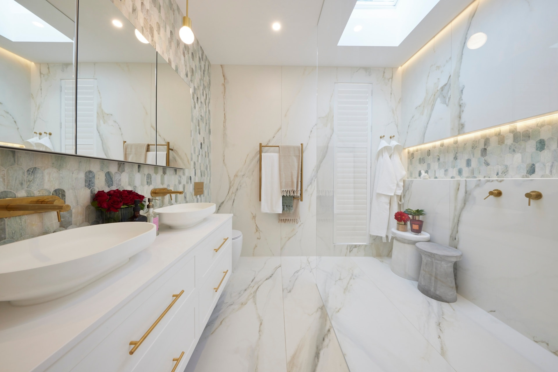 the block 2021 mitch and mark master ensuite marble floor tiles