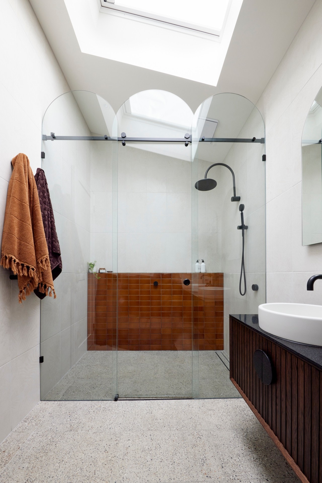 the block 2021 tanya and vito master ensuite curved shower screen